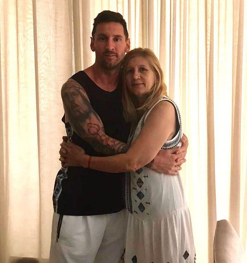 Lionel Messi with his Mother