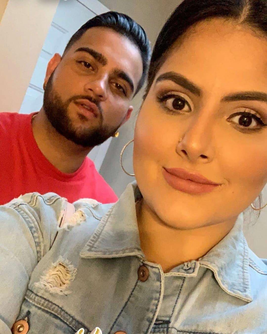 Karan Aujla with his Wife