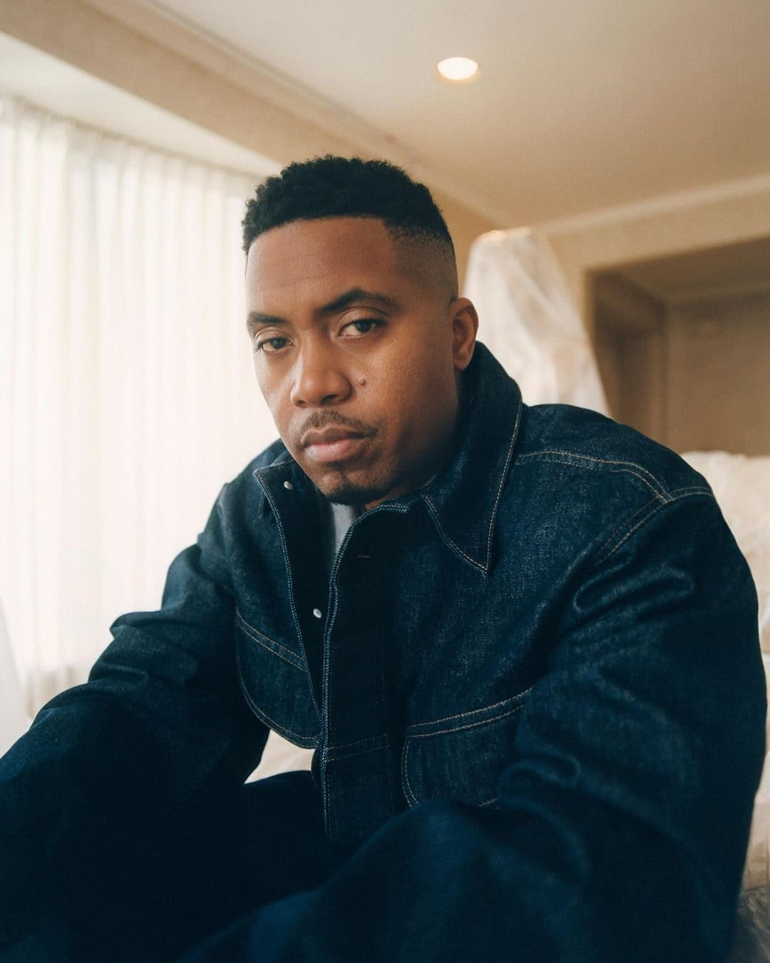 Nas (Rapper) Wiki, Age, Girlfriends, Net Worth, Family & More 5