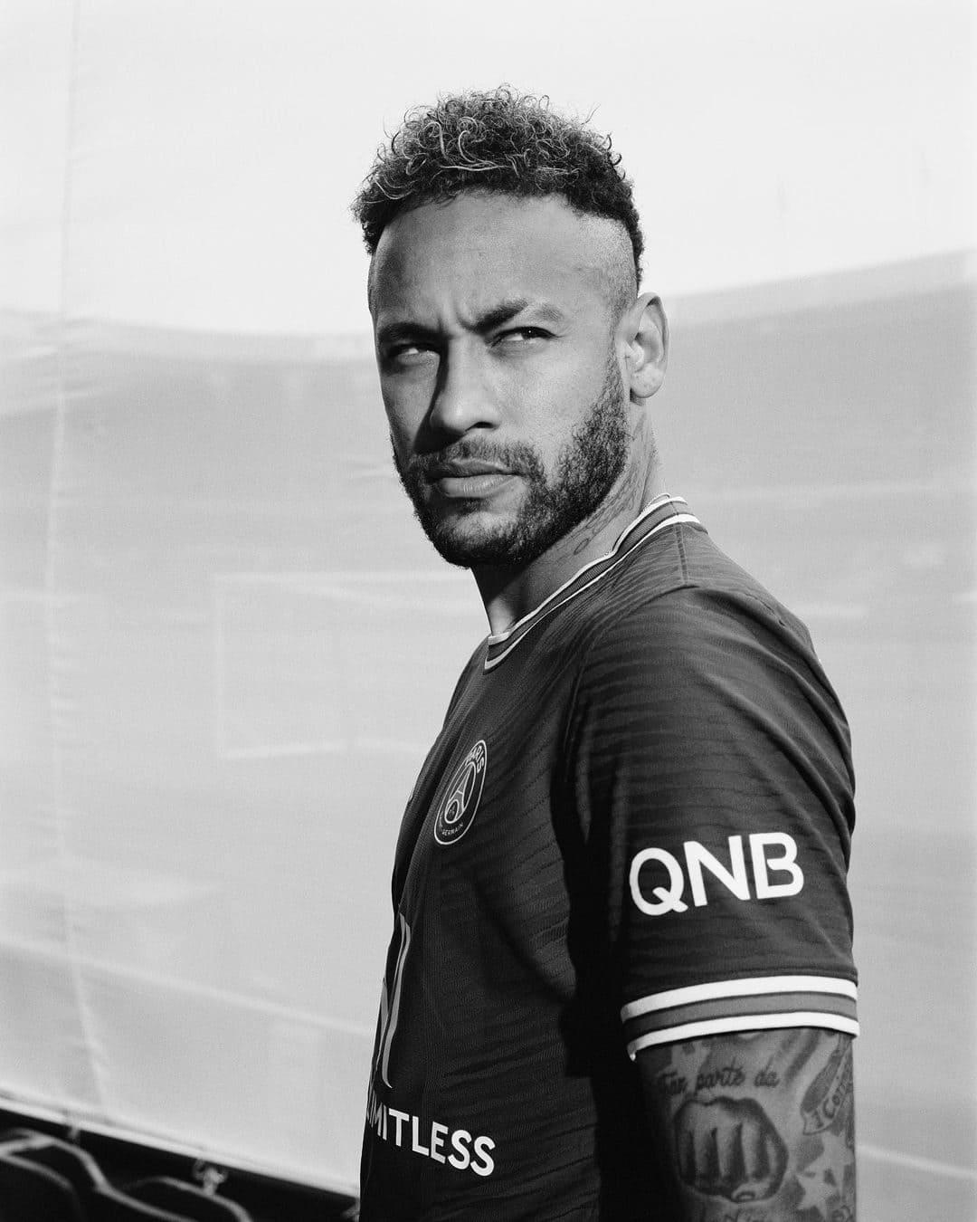 Neymar Jr. Wiki, Age, Girlfriends, Net Worth & More 5