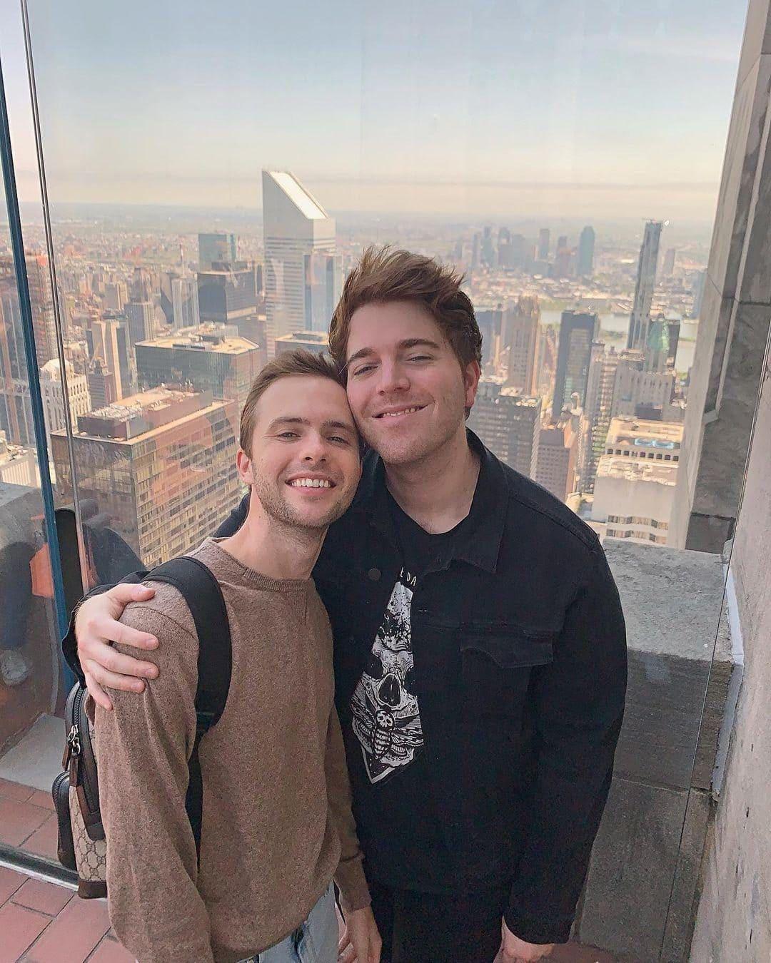 Shane Dawson (YouTuber) Wiki, Age, Affairs, Net Worth & More 7