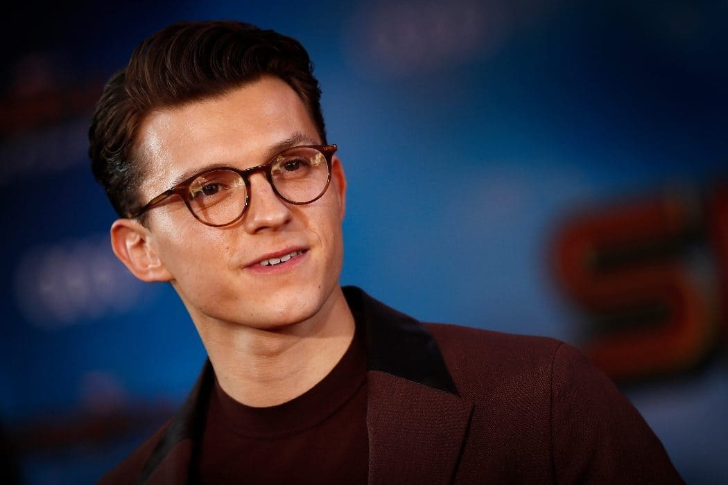 Tom Holland (Actor) Wiki, Age, Girlfriends, Net Worth & More 8